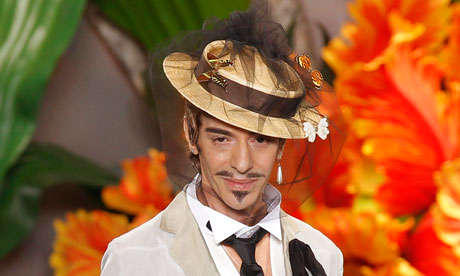 John-Galliano-in-Paris-007