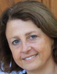 Julia Mary Lichtblau headshot