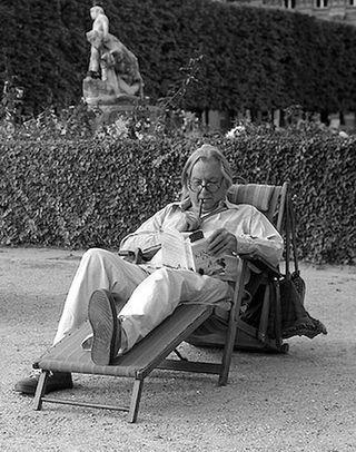 Stu in Jardin du Palais Royal
