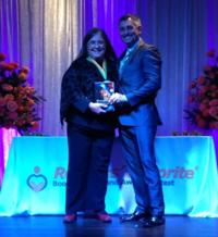 Marylee winning award